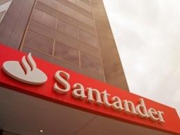 Santander é multado em R$ 5,3 milhões por descumprir direitos dos trabalhadores